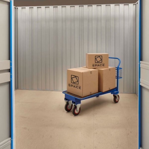 Large self storage units 100 square foot your storage for 100 sq ft room